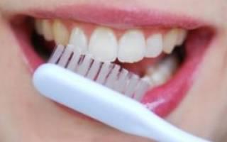 Чистить зубы с содой