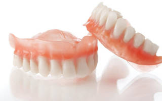 Протезы при полном отсутствии зубов – какие выбрать